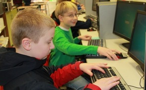 Helen Morgan Students Visit Sparta High School to Learn Coding, photo 11