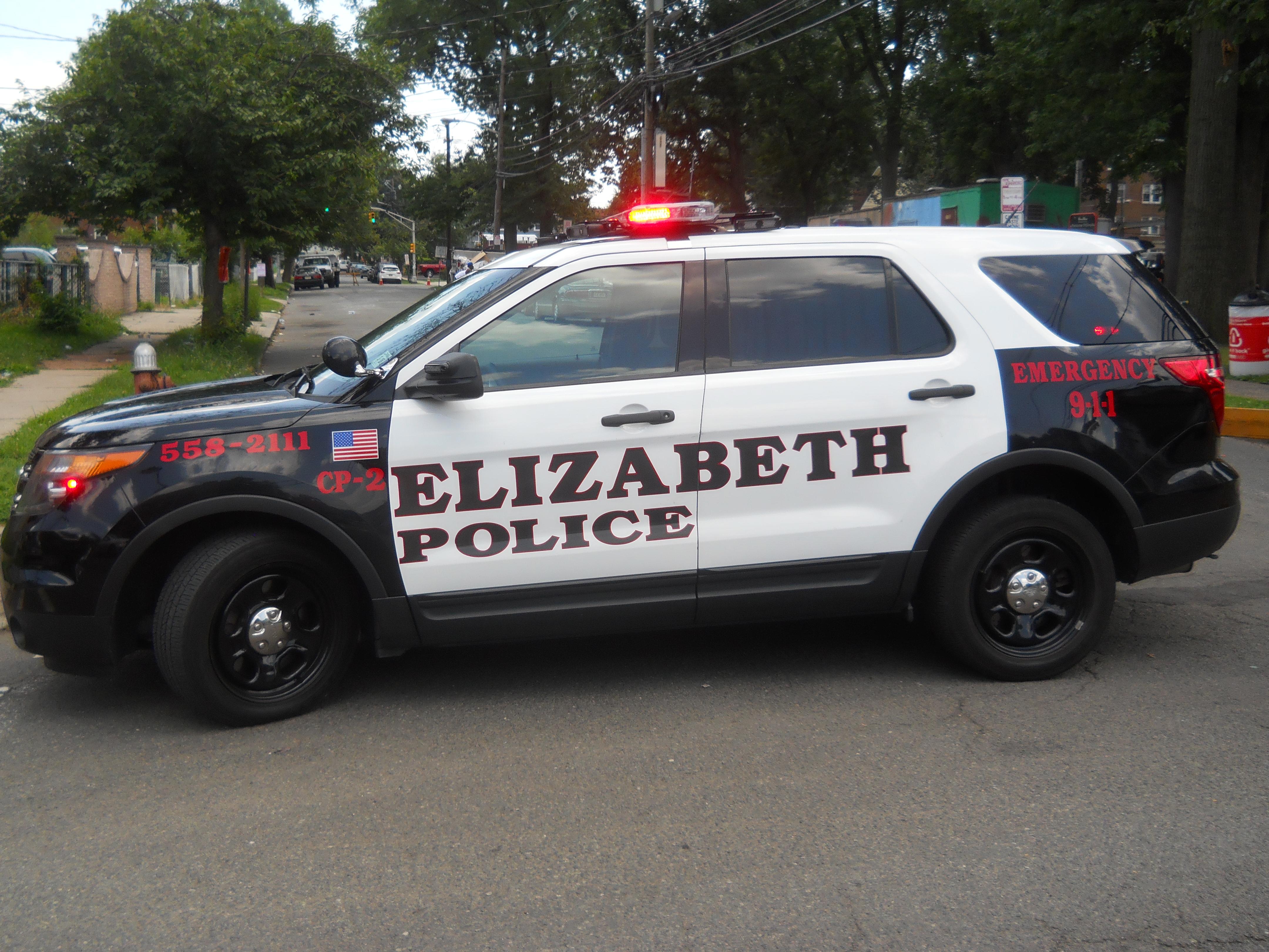 36e987ee264577d0c749_Police_Car.jpg