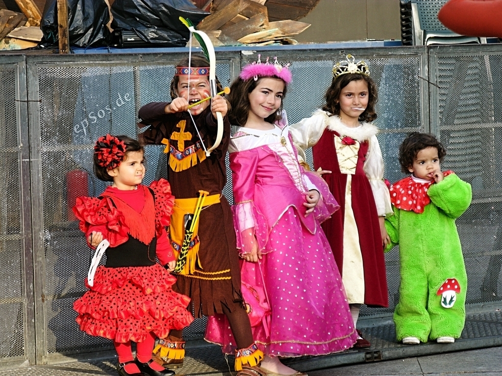 75ad14214e3195f20235_ddf577e434d929dfd975_halloween_costumes_epSos_.de.JPG