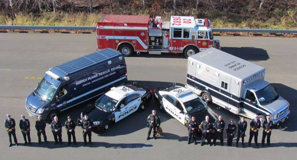 55e34e593192d81ded7a_OEM_photo_-_cops__fire__rescue_squad.jpg