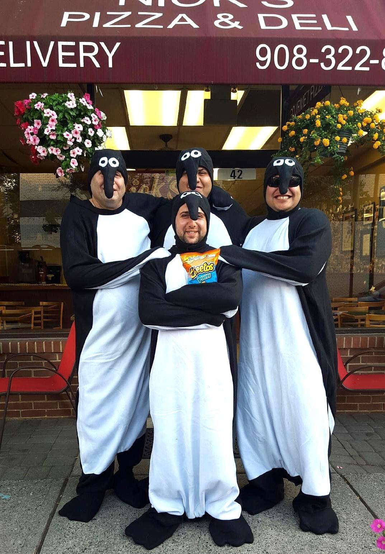 f7d022bb0b91a4d7c931_Pizza_and_Penguins2.jpg