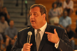 Governor Chris Christie makes remarks.