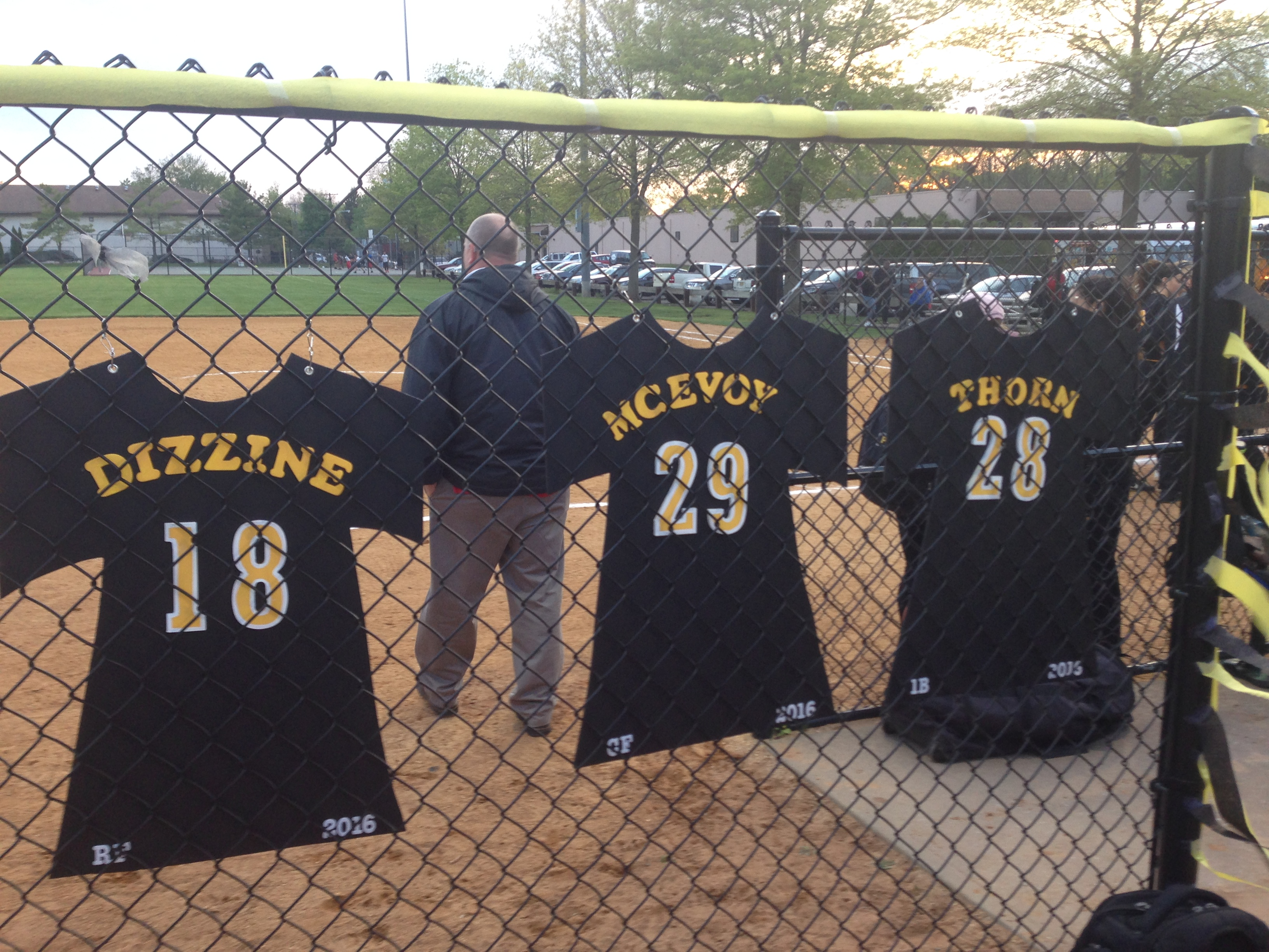 c7a1b58cca5cf79a0013_Softball_Senior_Night_vs_Elizabeth_5-9-16_012.JPG