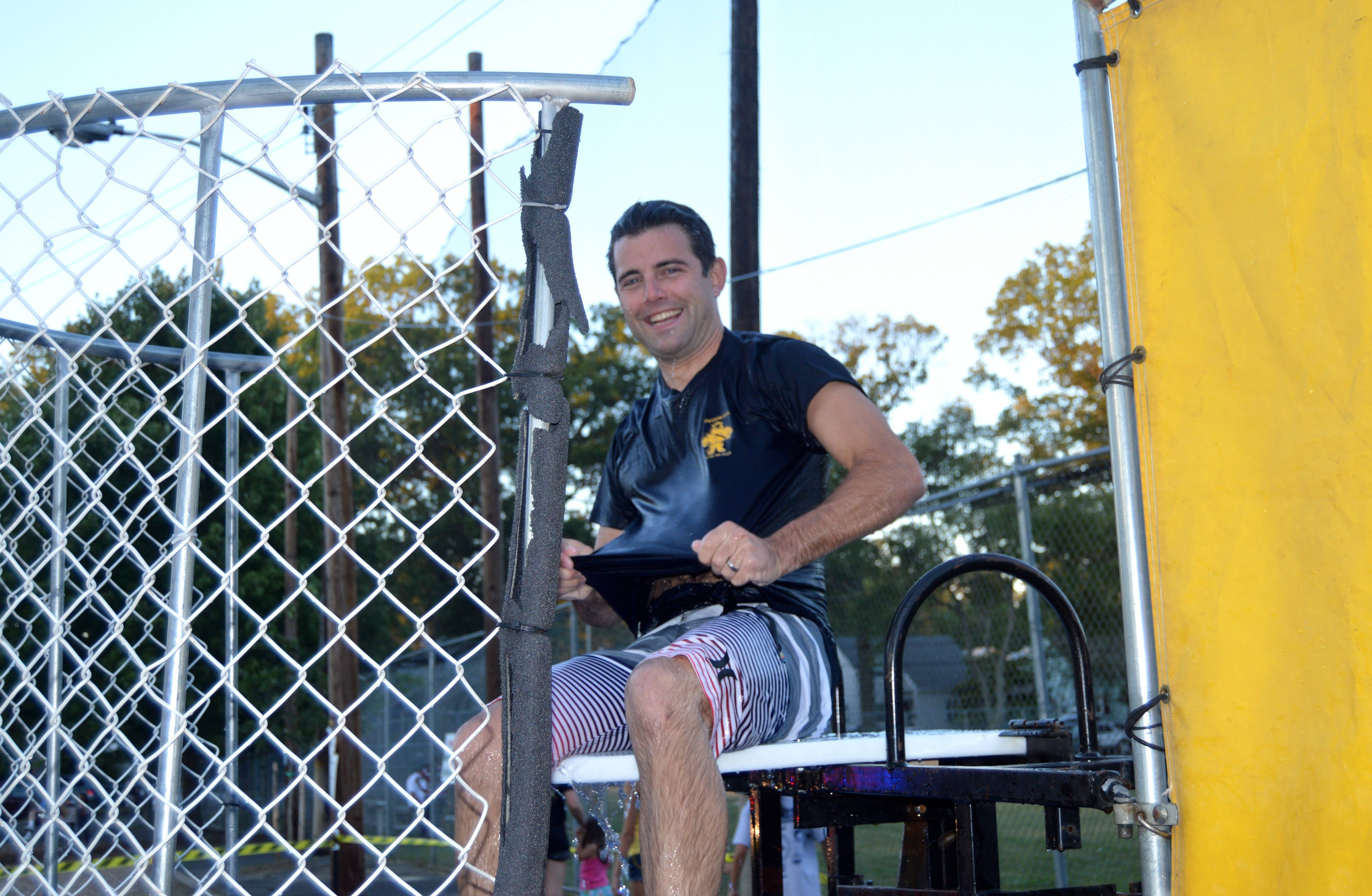 532ac82491de24dc0088_Fanwood_Officer_in_Dunk_Tank_-_horizontal.JPG
