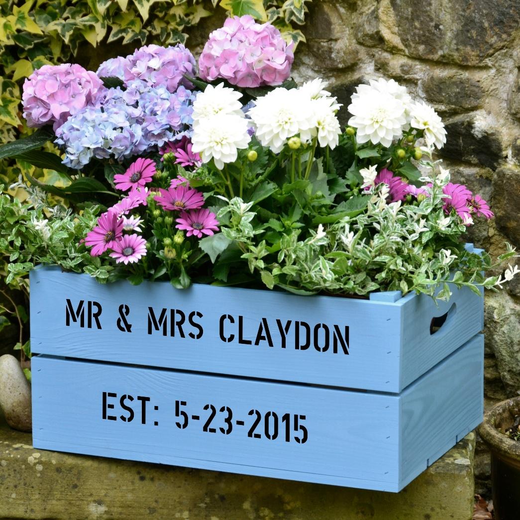 5c726b43a65df15c1526_large_garden_crate_photocredit_PersonalizedCrates.com.jpg