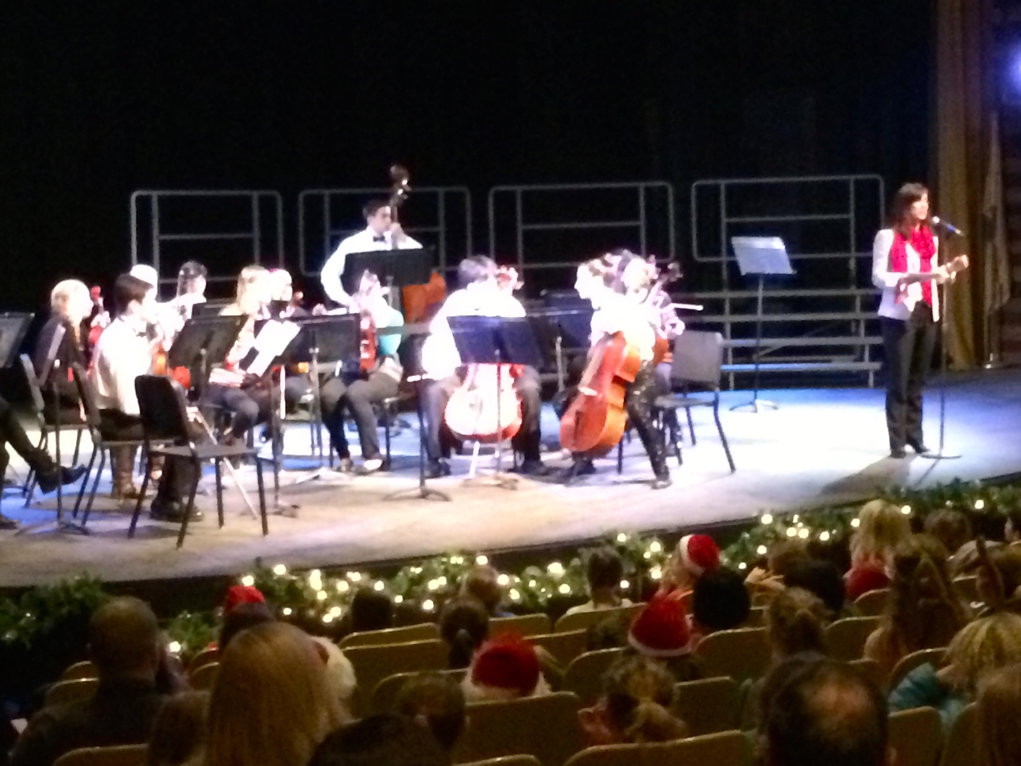 66ca4bd2253f9de6df65_3cf84df104ab29165c1b_Lafayette_Principal_Cheryl_Russo_welcomes_students_to_the_December_23rd_performance.jpg