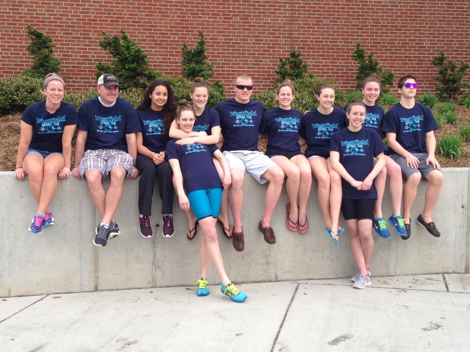 c401cc15e51abdaaa854_Swimteam_2014.JPG