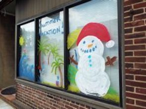 "Business Blizzard Hits Downtown for ""Christmas in July"", photo 39"