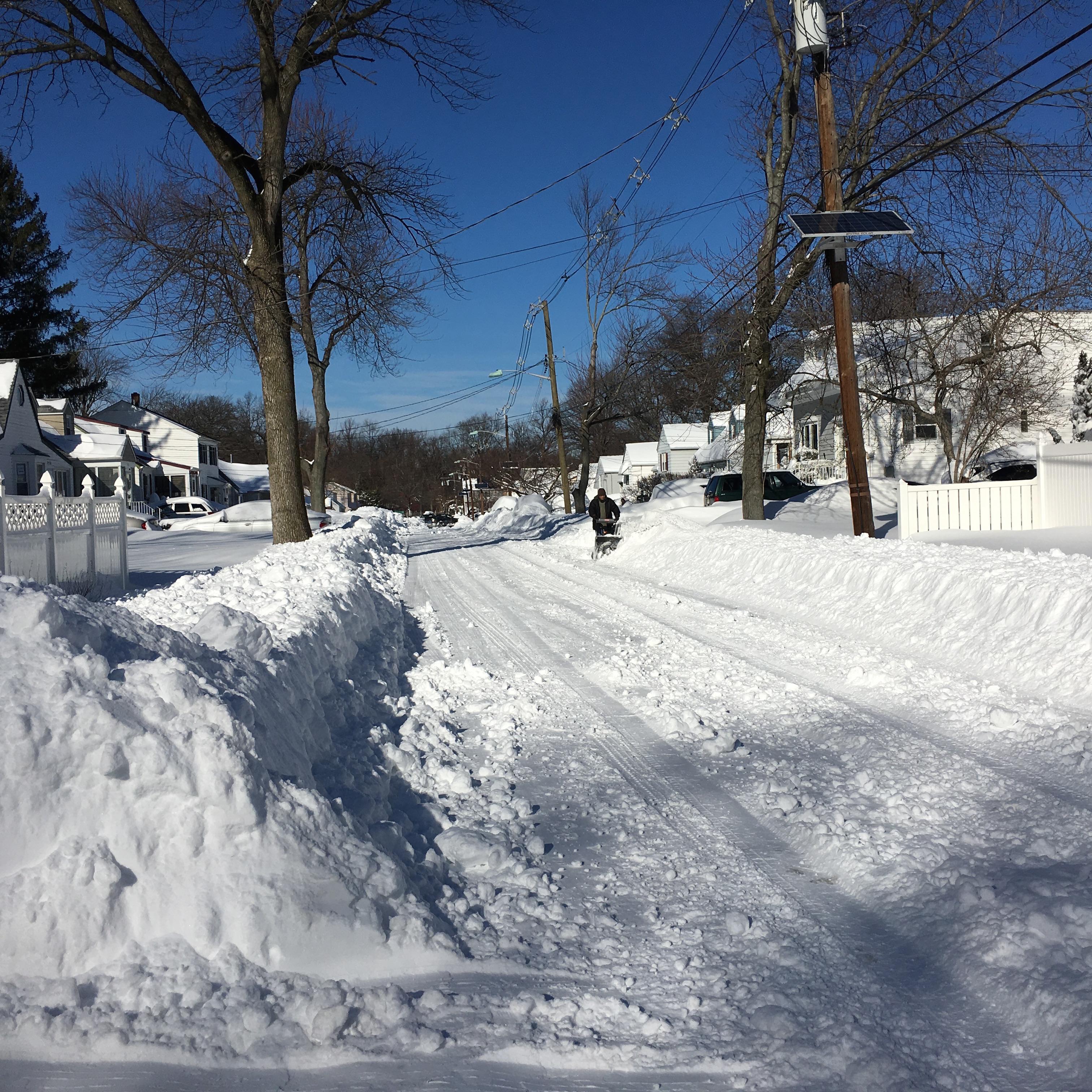 fd0557b558ba9c6a0ac3_snow_1-24_1.jpg