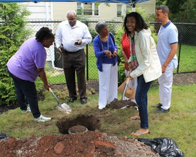 Roselle Community Joins Dr. Polk Family and Plants Time Capsule, photo 22