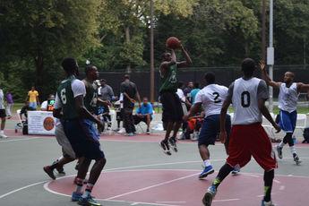 Top_story_fda6daf910473c0df2d9_montclair_basketball.2