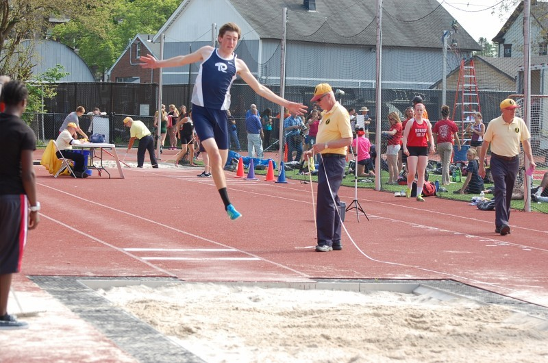 113043579c8216450b8b_Greg_Sticlke_Long_Jump.jpg