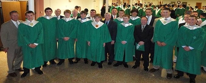 254ed46cd0b09d1381a0_Graduation.jpg