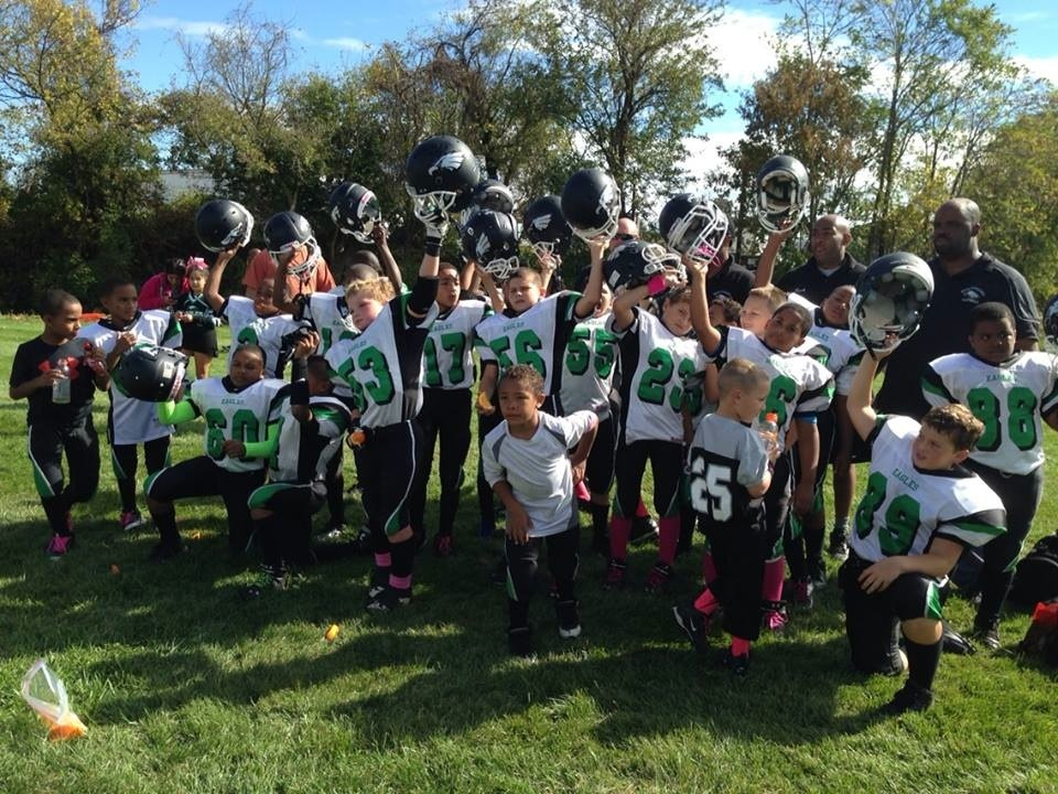 South plainfield eagles pee wee team defeats phillipsburg south plainfield  pop warner jpg 960x720 South plainfield 6e5fd0712