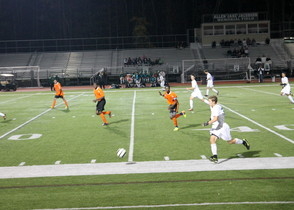 Livingston Boys Soccer Team Advances in Essex County Tournament , photo 2