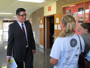 Principal Gary Suda answering questions