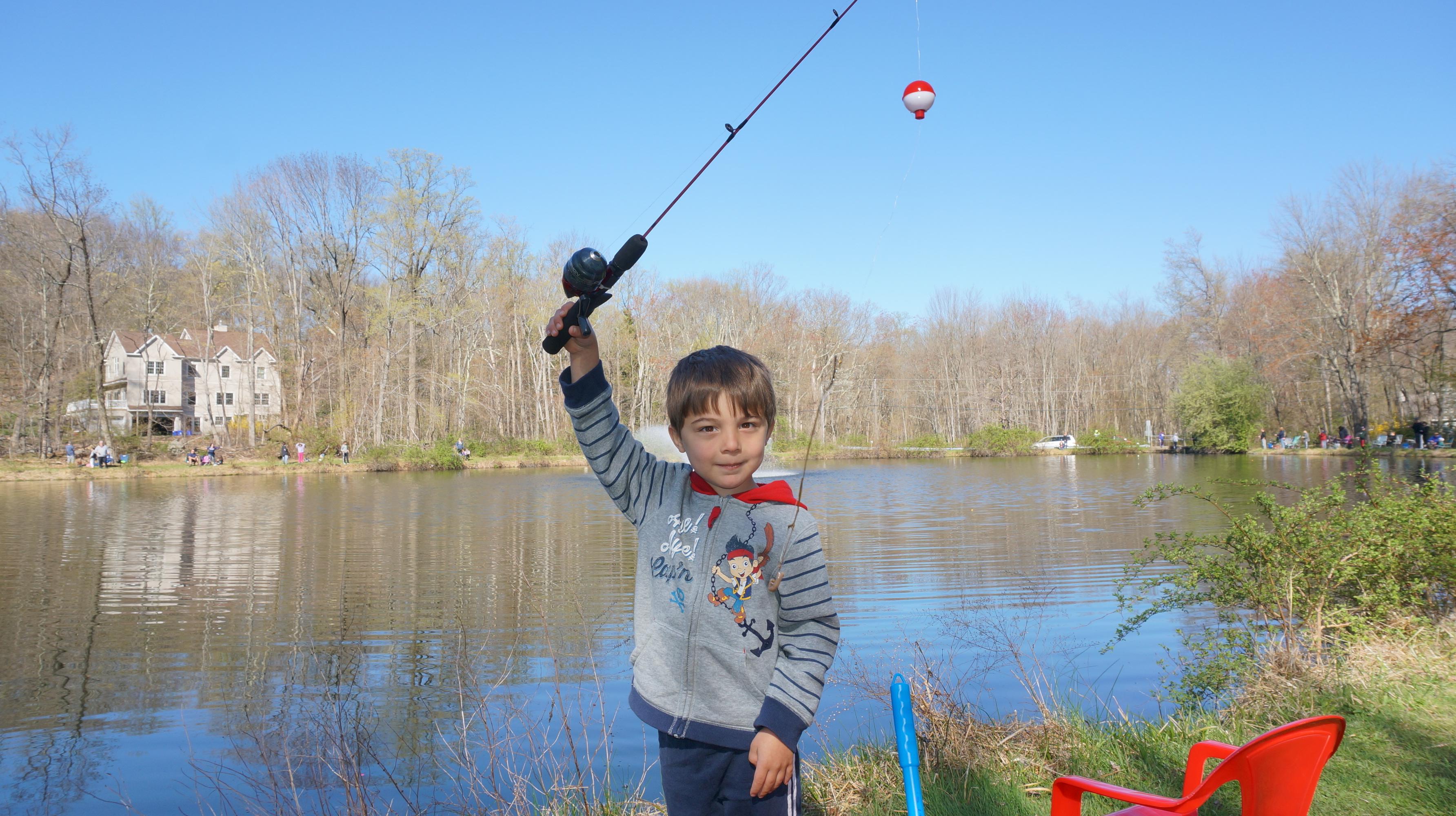 0bc38bf656912f1e0b0d_best_fishing_derby_005.JPG