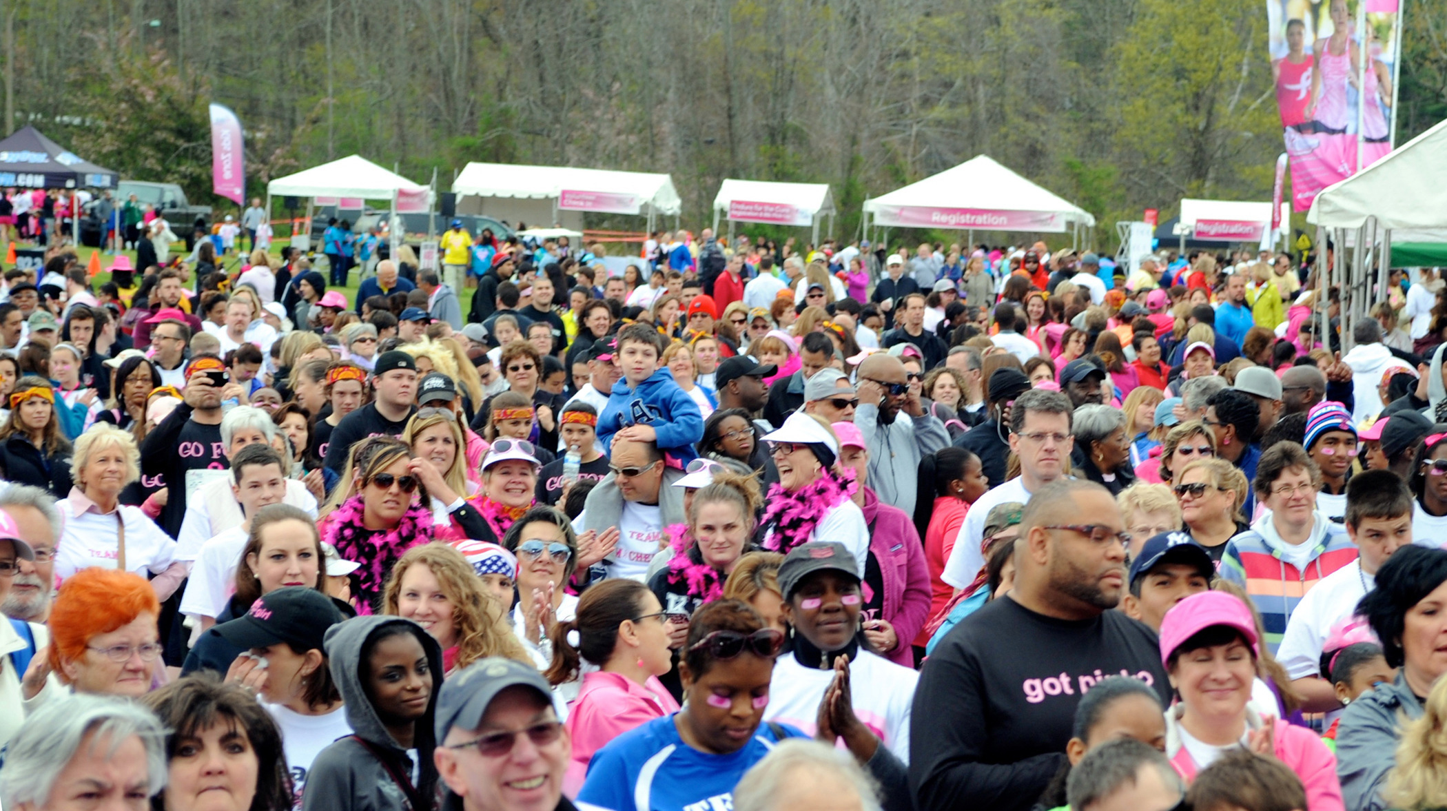 2ed3f4d8966845e1486c_best_7aec75e3e7b73e8d7f3a_SK-Race_Day_Crowd-cropped.jpg