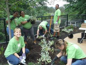 Investors Bank Helps Spruce Up Zoo, photo 1