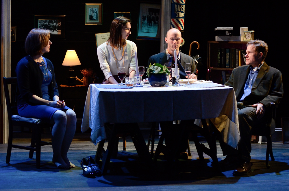 'Sister Play' Delves into Selfless and Selfish Conflict