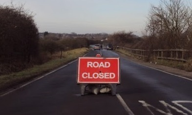 5876d2d26a304988f108_road_closed.jpg