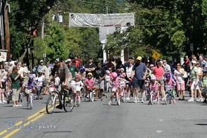 Kids Race in Downtown Basking Ridge