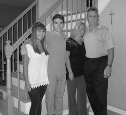 Family of the Year Awarded to Longo Family, photo 1