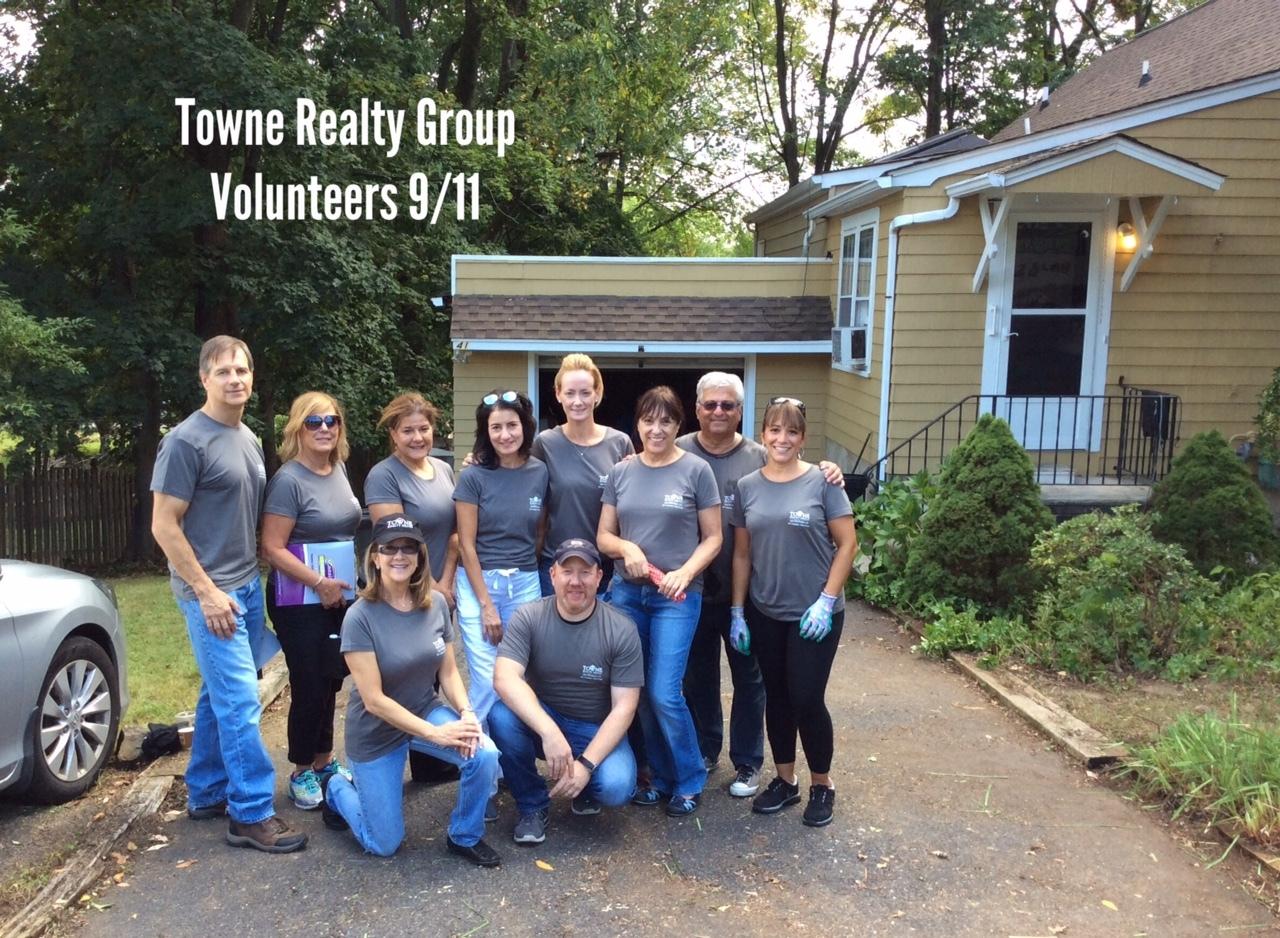 b2c671d24f2fccccd414_TRG_Volunteers.JPG