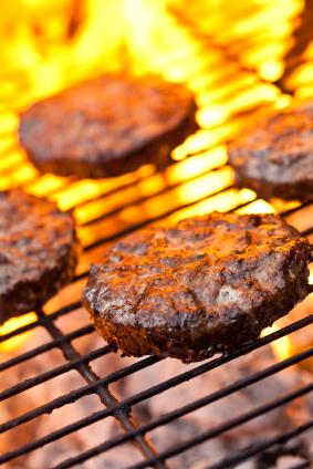 10e906f7d41dd56338d8_grilling-burgers.jpg