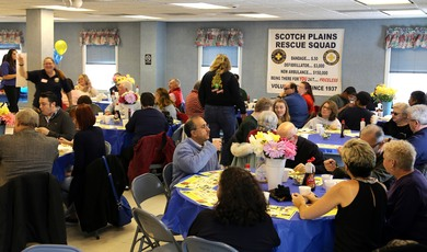 Top_story_861ecde502cd1394bbf6_rescue_squad_breakfast