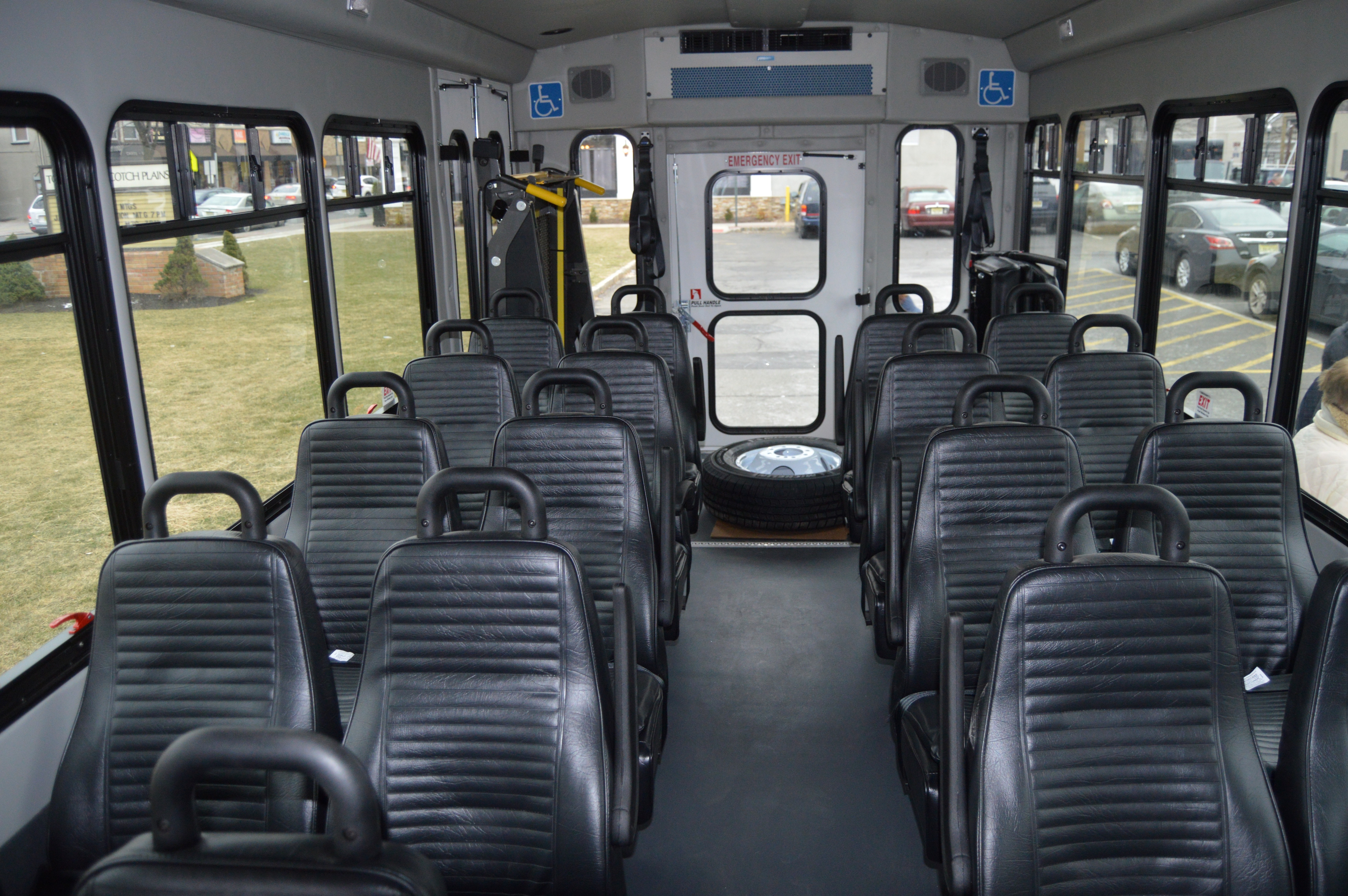 18448ea4696b17ad7622_Senior_Bus_-_inside.JPG