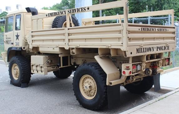 a95fc5e4ebb1418a5edf_truck2.JPG