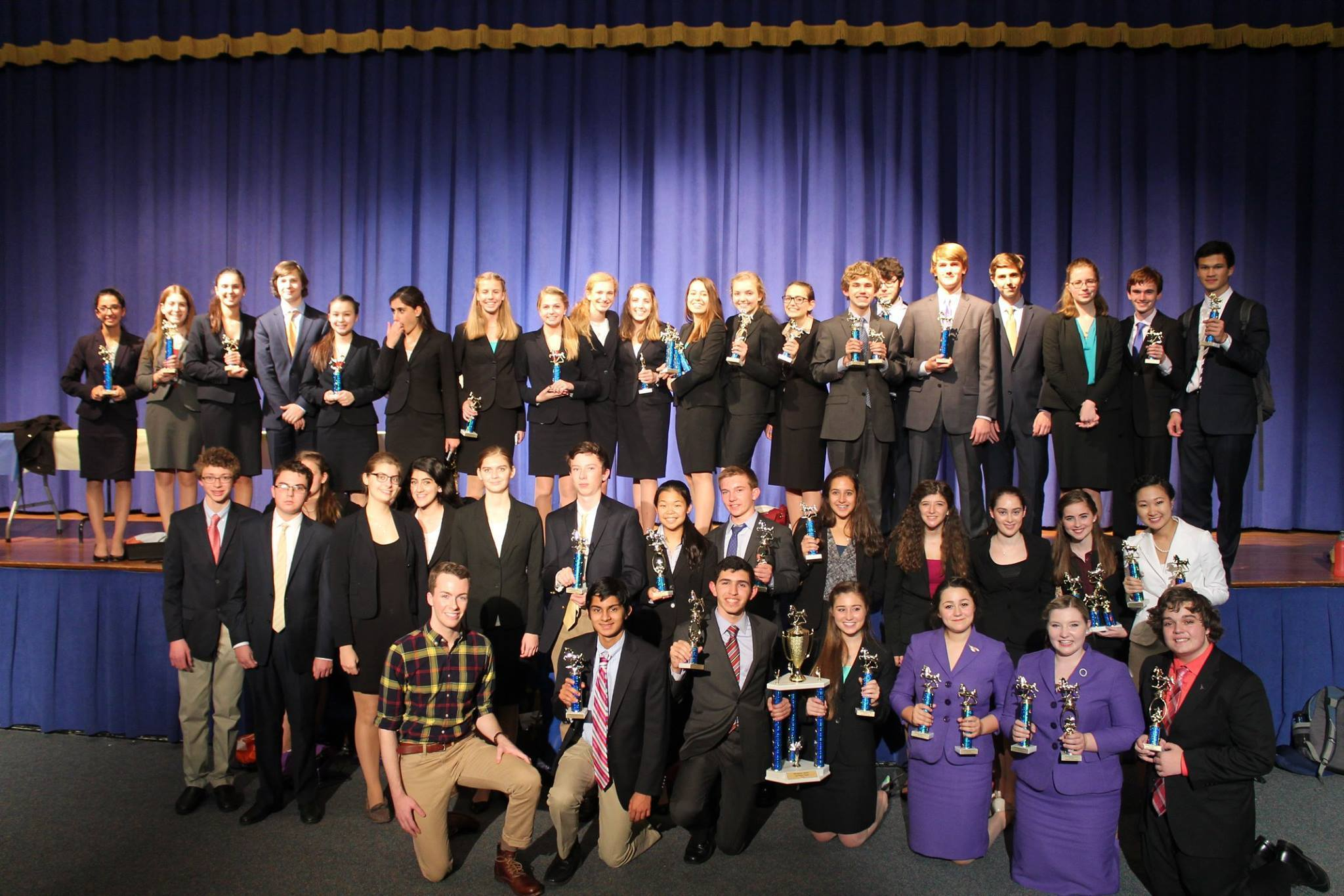 f212807ac01206d86ed7_MANVILLE_AWARDS_PHOTO.jpg