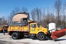 47112e9f0e6c3339bae1_salt_truck.jpg