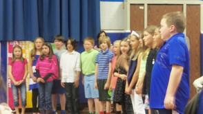 Class 4B singing