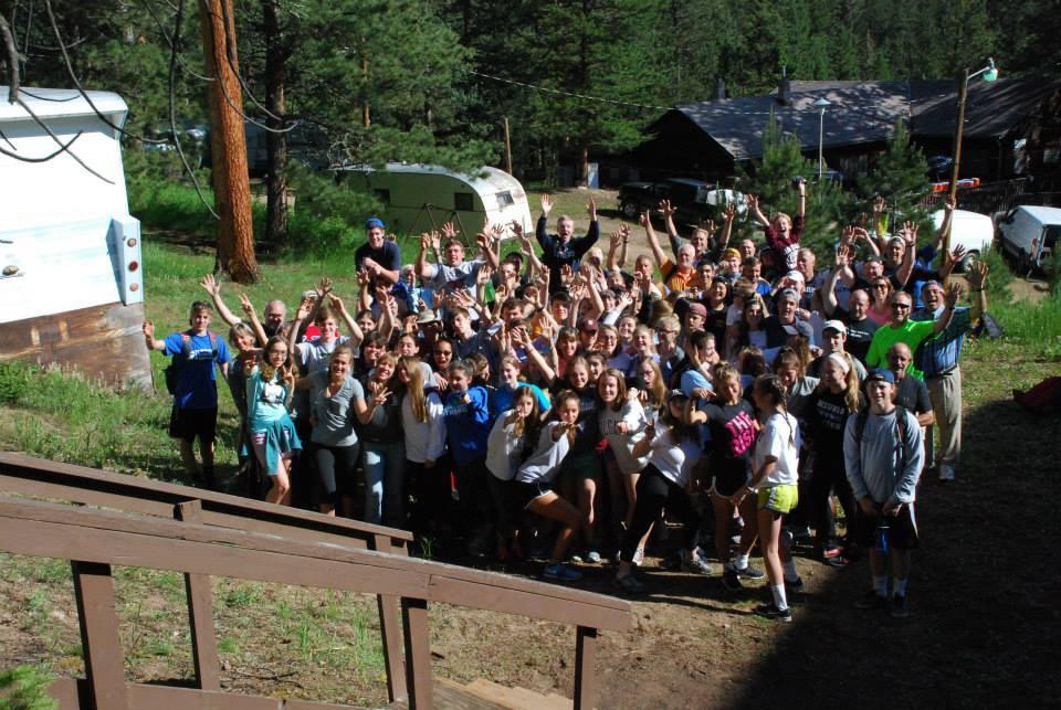 4e373b88cf566da9ff56_cc72637927b8c2182b8f_All_103_participants_of_the_2015_high_school_mission_trips.jpg