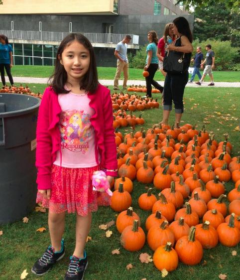 104ba6090f5d09f4b810_sierra_pumpkins.jpg