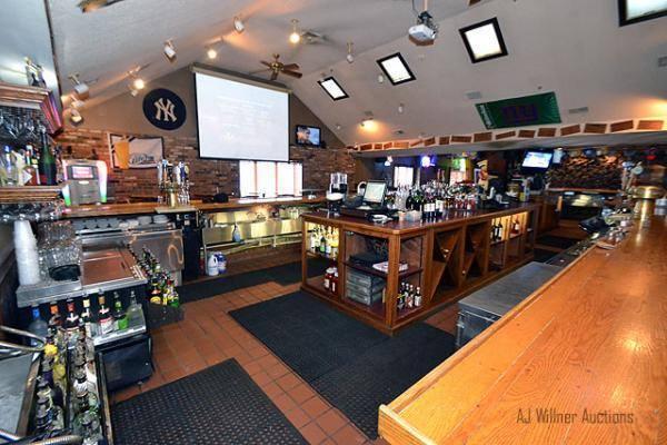 9dfdea695ec2043d784c_Sun_Tavern_Inside_-_Wilner_photo.jpg