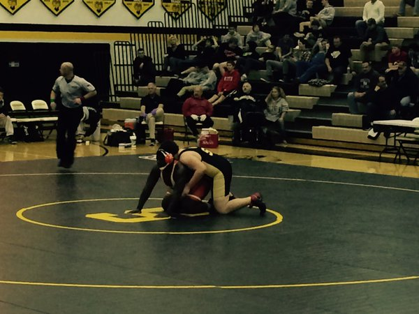 a1f9430bf7c03e302813_WRESTLING_DAN_LYNCH_IN_GROUP_5_AT_SOUTHERN.jpg