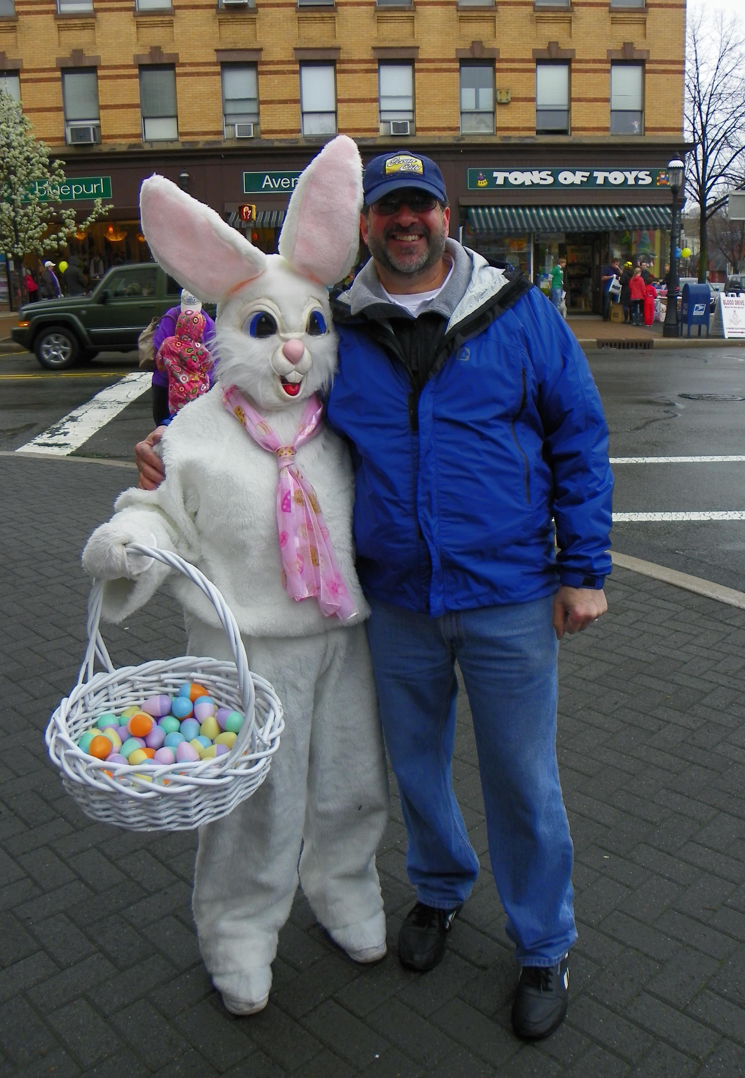 8d3cae02fe4ab425a324_Easter_Fun_Fest_2012_Peter_w_Bunny.jpg