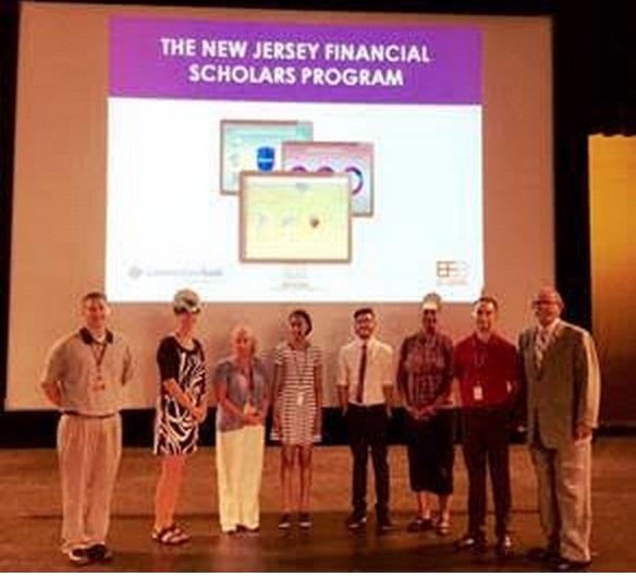 9be4f3d1fec105917947_UHS_-_Financial_Literacy_Scholars_program.jpg