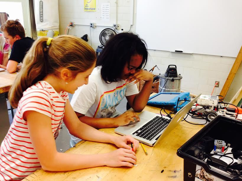 They, Robot: SEF Brings LEGO Mindstorm Project to Life at LCJSMS