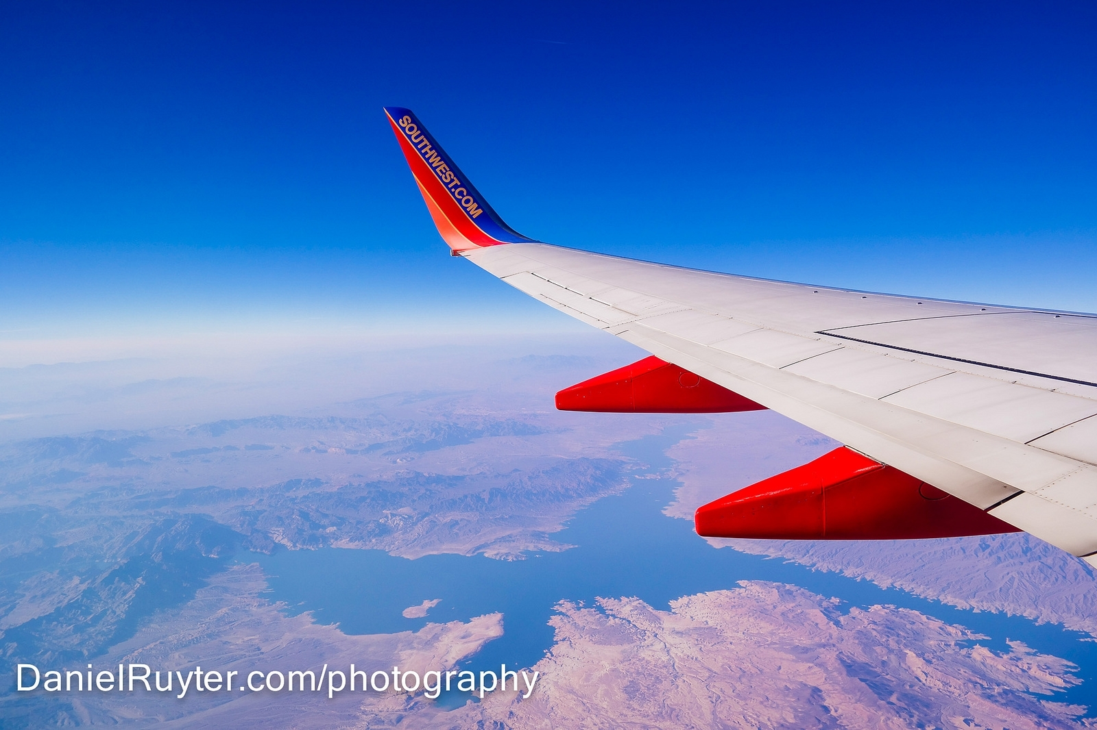 ae722a966f854fa4deaf_airplane.JPG