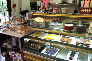 Splurge Bakery Thrives as Crumbs Crumbles, photo 6