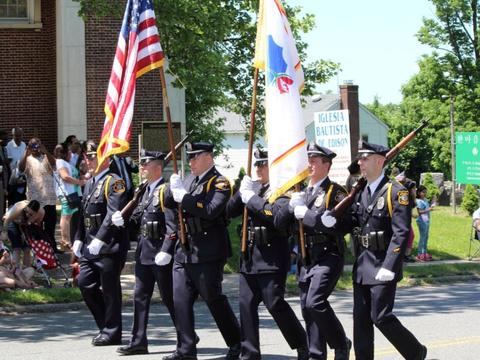 Top_story_d32ff4f26cd7ecdec981_edison_memorial_day_parade