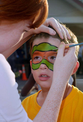 Face-painting in Fanwood