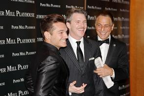 Tony Danza and Honeymoon in Vegas Castmates