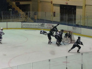 Chatham Hockey Advances to State Quarterfinals with Victory over Montville, photo 5
