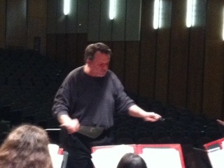 Guest Conductor Works with Summit High School Students