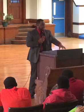 Local Entreprenuer Speaks to Students of Paterson Middle School, photo 1